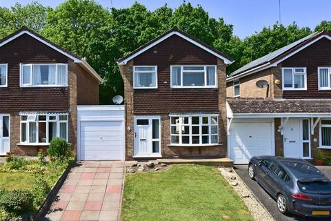 3 bedroom link detached house to rent - 28, Denham Gardens, Wolverhampton, WV3