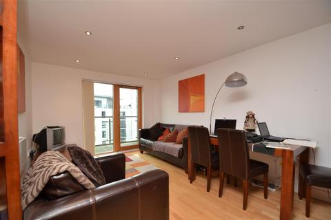 2 bedroom flat to rent - Leeds Dock, Leeds City Centre