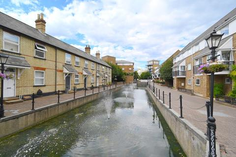 3 bedroom terraced house for sale - Albert Mews, London, E14