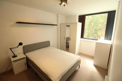 2 bedroom flat to rent - Icon 25, 101 High Street, Manchester