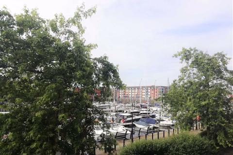 2 bedroom apartment for sale - Cork House, Marina, Swansea
