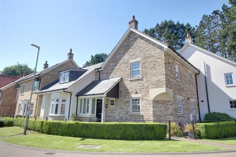 3 bedroom cottage for sale - St. Marys Walk, Swanland