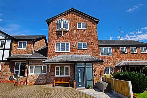 4 bedroom townhouse for sale - Ash Grove, Bowdon, Altrincham