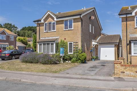 4 bedroom detached house for sale - Manor Drive, Telscombe Cliffs, Peacehaven
