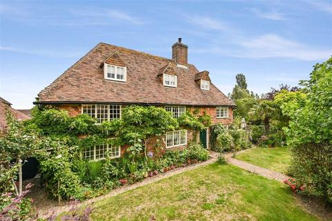 5 bedroom detached house for sale - Finn Farm Road, Kingsnorth, Ashford