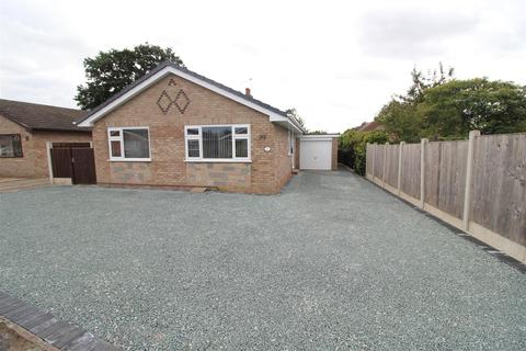 3 bedroom detached bungalow for sale - 99 Pyms Road, Wem, Shropshire