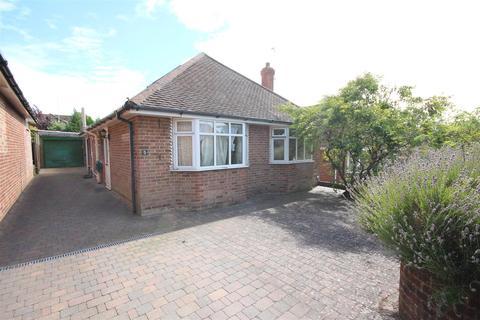 3 bedroom detached bungalow to rent - Highview Way, Patcham, Brighton