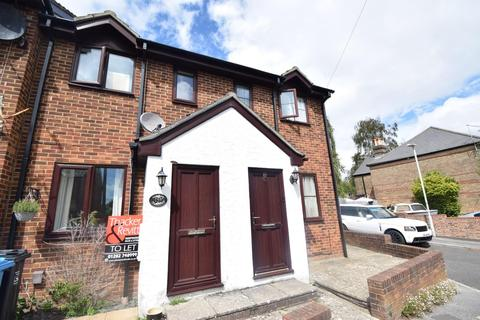 2 bedroom terraced house to rent - Lodge Close, Poole
