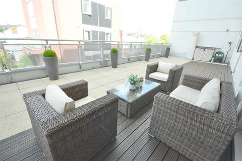 1 bedroom flat for sale - Watkin Road, Leicester