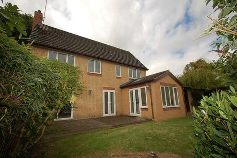 4 bedroom detached house to rent - Sutton Road, Oundle, Peterborough, PE8
