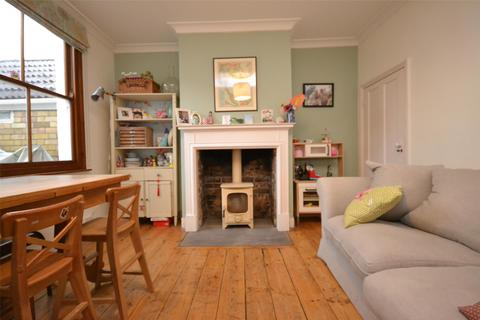 3 bedroom terraced house to rent - Avondale Road, BATH, Somerset, BA1