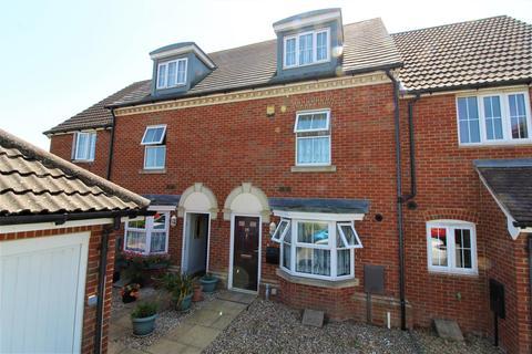 3 bedroom terraced house for sale - Chartfields, Ashford, TN23 3GN