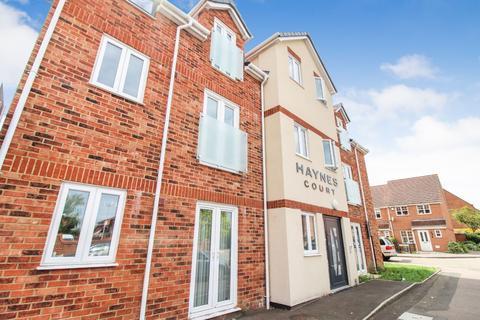 2 bedroom flat to rent - Haynes Court, Haynes Road, Bedford