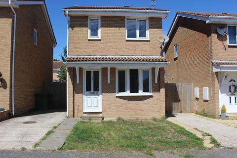 2 bedroom detached house to rent - Magdalen Close, Eastbourne BN23