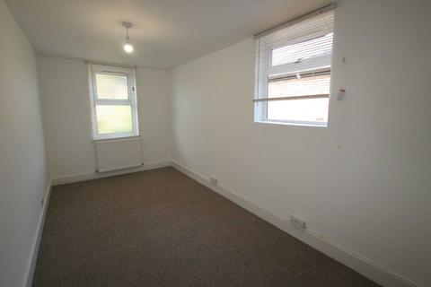4 bedroom terraced house to rent - Liverpool Road, Reading, Ideal for SHARERS/FAMILY/STUDENTS