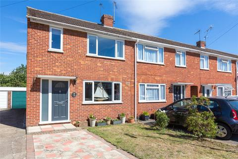 3 bedroom end of terrace house for sale - St. Anthonys Drive, Chelmsford, Essex, CM2