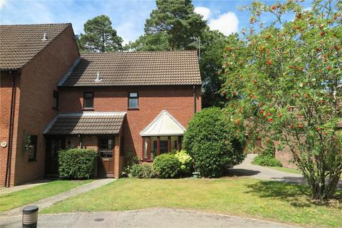 3 bedroom end of terrace house for sale - Clare Mead, Rowledge, Farnham, GU10