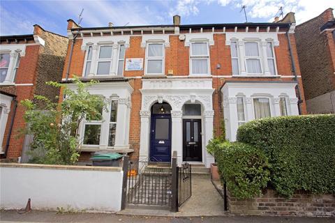 3 bedroom terraced house to rent - Raleigh Road, London, N8