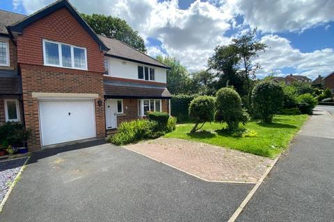 3 bedroom end of terrace house for sale - Syke Green Scarcroft LS14