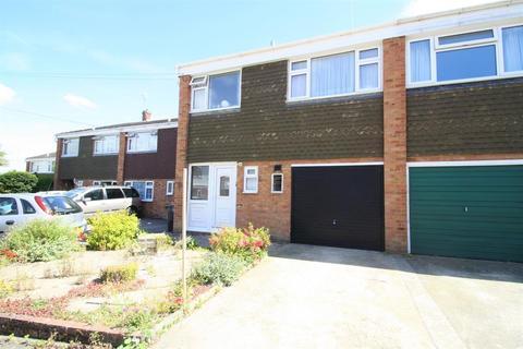 3 bedroom semi-detached house for sale - Fernhurst Crescent, Southborough
