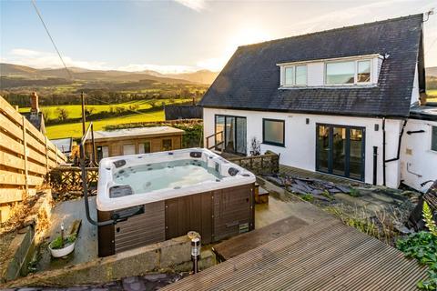 3 bedroom bungalow for sale - Llandygai, Bangor, Gwynedd, LL57