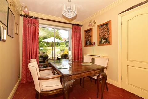 3 bedroom semi-detached house for sale - Hever Wood Road, West Kingsdown, Sevenoaks, Kent