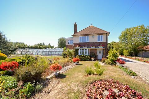 4 bedroom detached house to rent - Bell Lane, Birdham, PO20