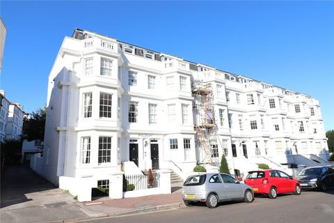 2 bedroom penthouse for sale - Silverdale Road, Lower Meads, Eastbourne, East Sussex, BN20