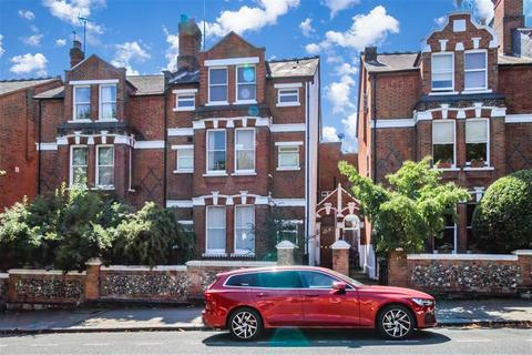 2 bedroom maisonette for sale - Crouch Hall Road, London, N8 8HT