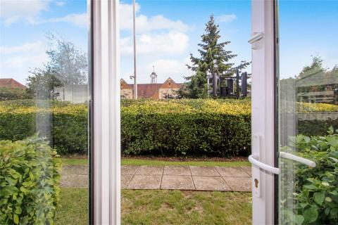 3 bedroom flat for sale - 117 The Greenway, UXBRIDGE, Middlesex