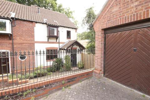 3 bedroom house to rent - Churchill Avenue, Southampton