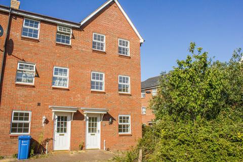 4 bedroom townhouse for sale - Copenhagen Way, Norwich NR3