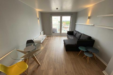 1 bedroom apartment to rent - Skyline Central, Goulden Street