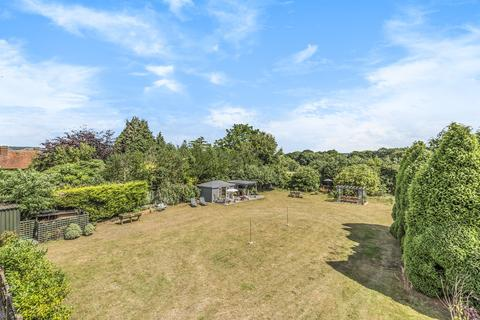 4 bedroom detached bungalow for sale - Green Hill, Otham