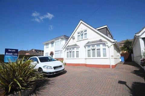 4 bedroom bungalow for sale - Guest Avenue, Poole, Dorset, BH12