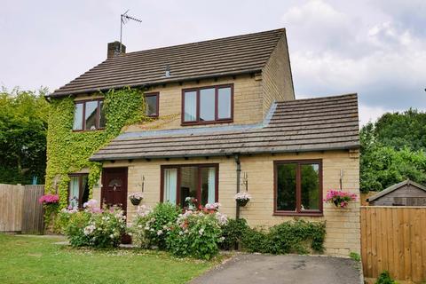 4 bedroom detached house for sale - Hammond Drive, Cheltenham, Gloucestershire