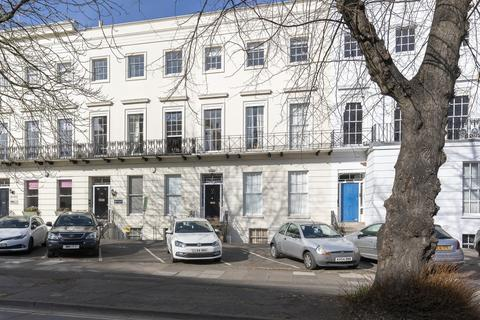 Studio to rent - Belvedere House, St. Georges Road, GL50 3DU