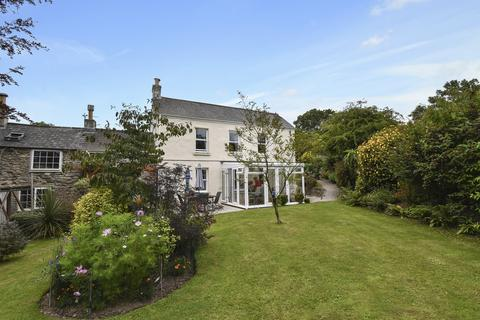 3 bedroom semi-detached house for sale - Treswithian Downs
