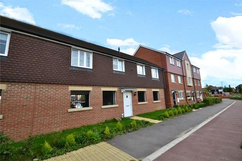 2 bedroom maisonette to rent - Sparrowhawk Way, Bracknell, Berkshire, RG12