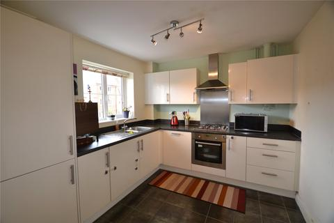 2 bedroom maisonette to rent - Sparrowhawk Way, Bracknell, Berkshire, RG12