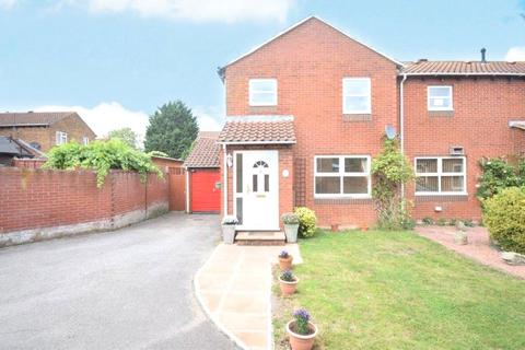 3 bedroom semi-detached house to rent - Chilcombe Way, Lower Earley, Reading, Berkshire, RG6