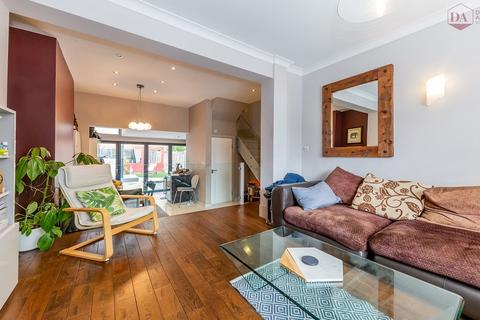 3 bedroom terraced house for sale - Playford Road, Finsbury Park N4