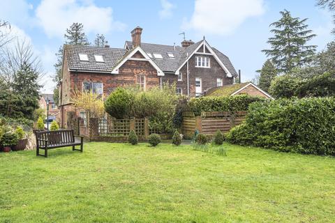 1 bedroom apartment for sale - Seale, Farnham