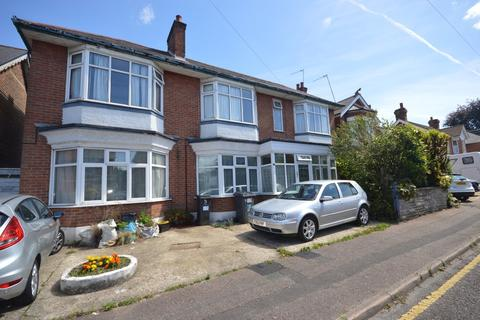 2 bedroom ground floor flat for sale - Woodend Road, Bournemouth