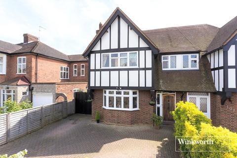 5 bedroom semi-detached house for sale - The Mall, London, London, N14