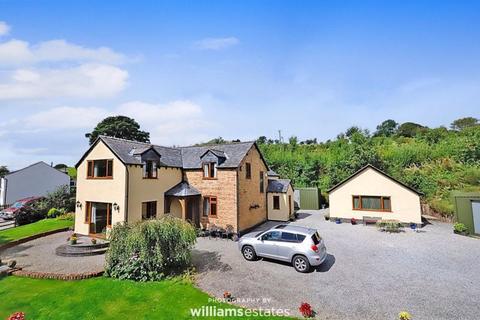 4 bedroom detached house for sale - Bryneglwys, Corwen