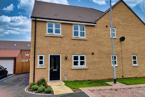 3 bedroom semi-detached house for sale - Radford Grove, Spellowgate, Driffield, YO25 5AR