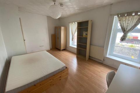 3 bedroom house to rent - Collins Terrace, ,