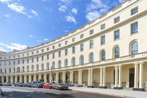 Studio to rent - Park Crescent, London, W1B