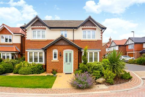 4 bedroom detached house for sale - Bletchley Park Way, Wilmslow, Cheshire, SK9